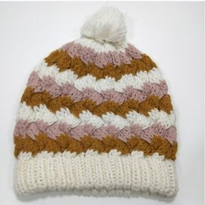 Pins and Needles knitted chunky hat